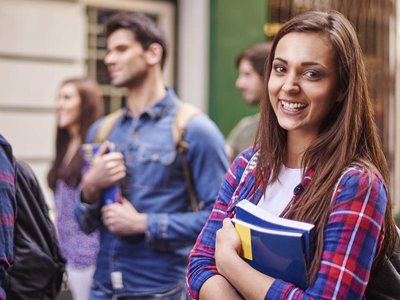Nuevo fondo de becas para el estudio: Universitarios y Grado Superior del Montepío