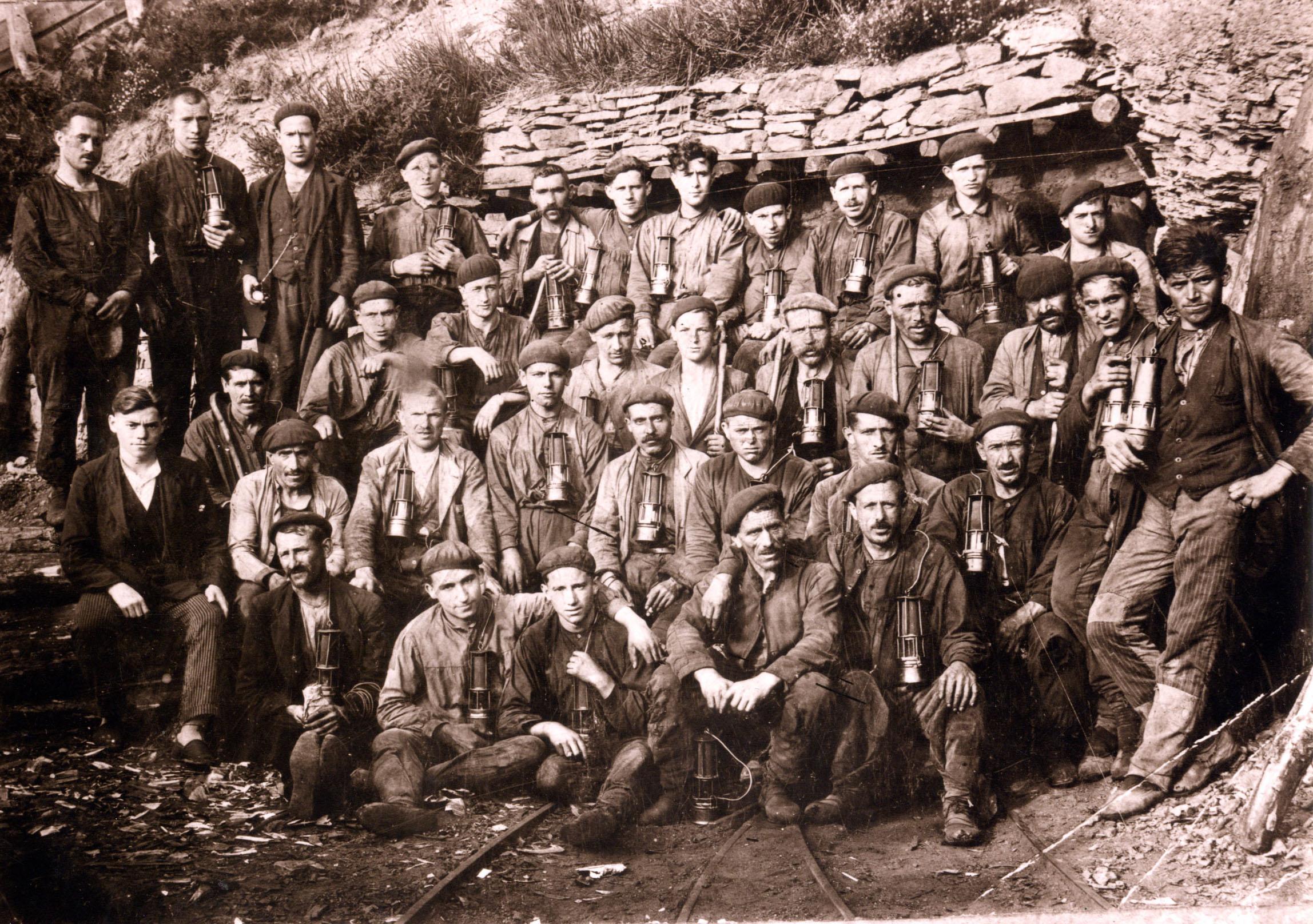 Historia del grupo Montepío: Grupo minero