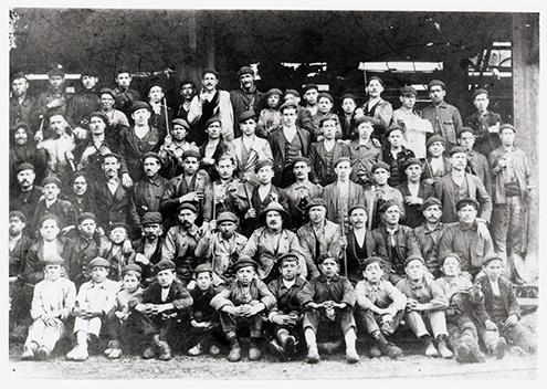 Historia del grupo Montepío: Trabajadores del lavadero de Sovilla
