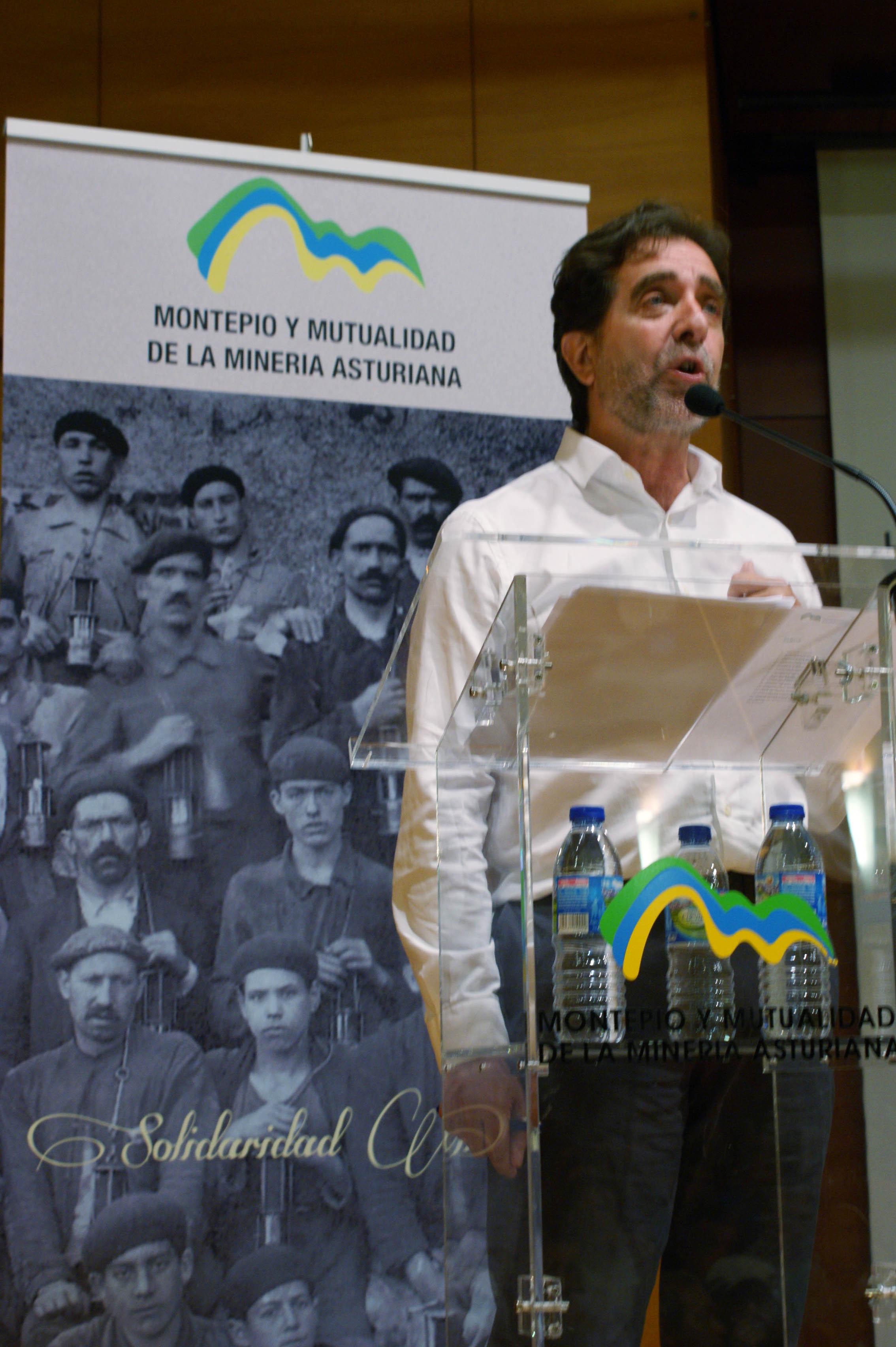 Asamblea 2016: Juan José Glez. Pulgar presidente